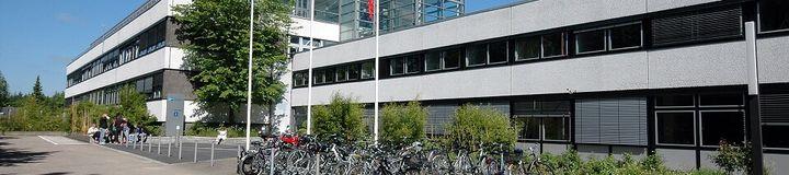 Alle Hochschulen & tausende Unternehmen Datenbank Duales