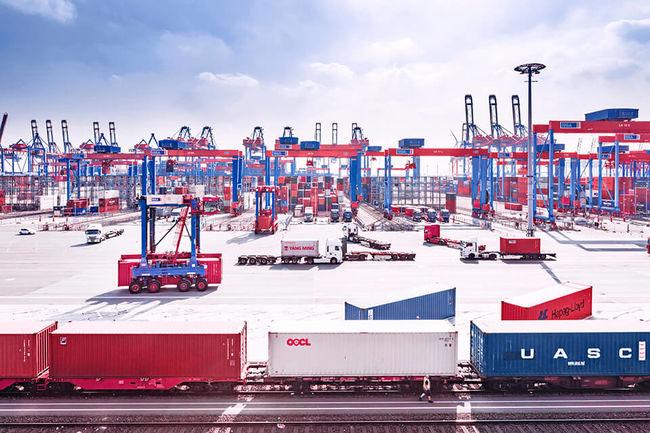 Hamburger Hafen Und Logistik